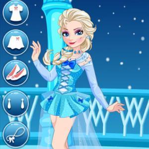Elsa And Adventure Dress Up
